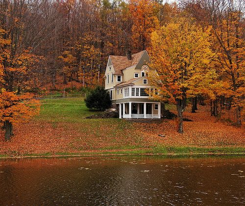 Bon Autumn Lake House, Stamford, New York. My Dream Home