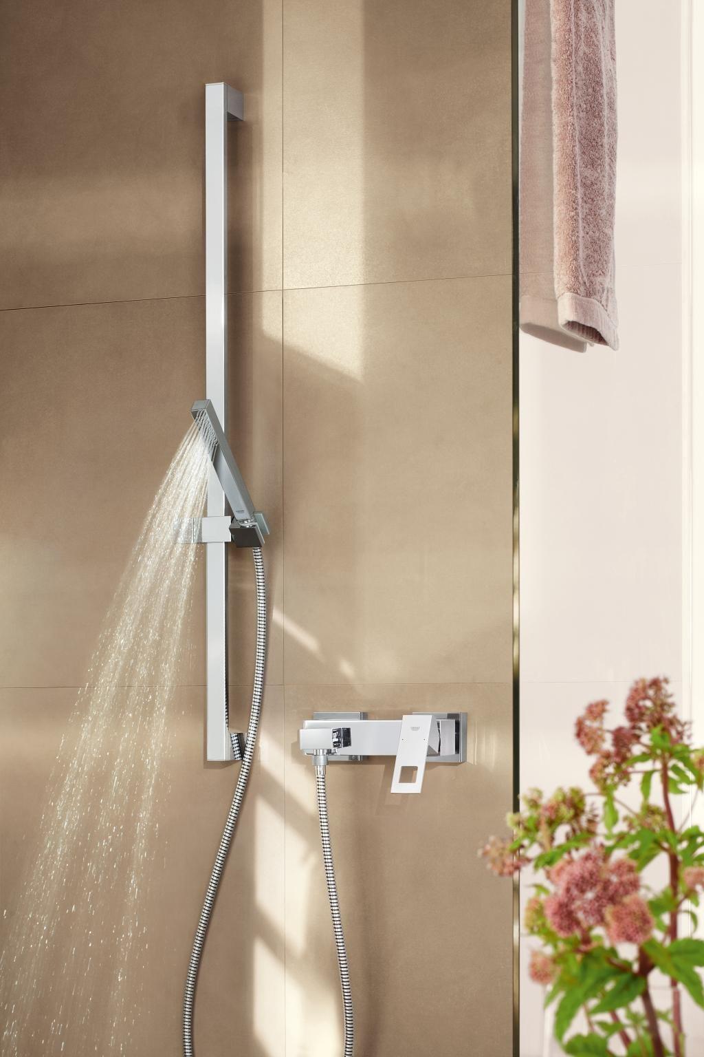Finde Jetzt Dein Traumbad Wertvolle Tipps Von Der Planung Bis Zur Umsetzung Badezimmer Renovieren Wasserhahn Bad Inspiration