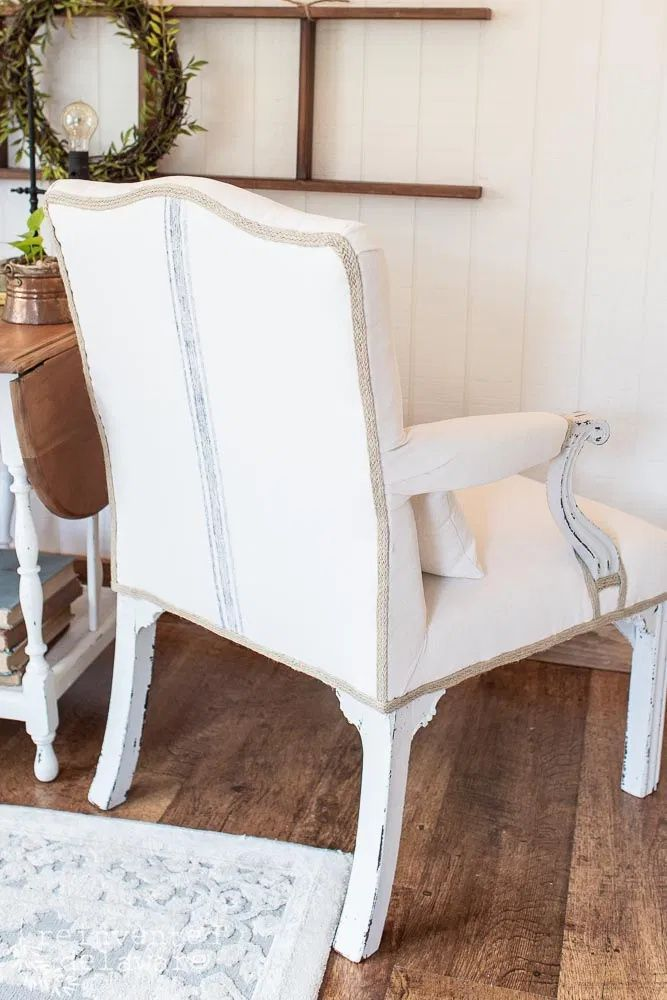 Remember the huge thrifting haul we had back in the summer? Well, today I want to share a pair of upholstered side chairs that we found there with you! #refinishedfurniture #upholsteredfurniture #furniturerestoration