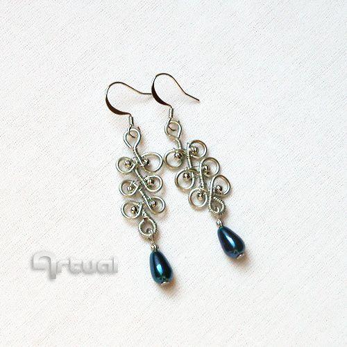 Wire wrapped earrings with teardrop pearls
