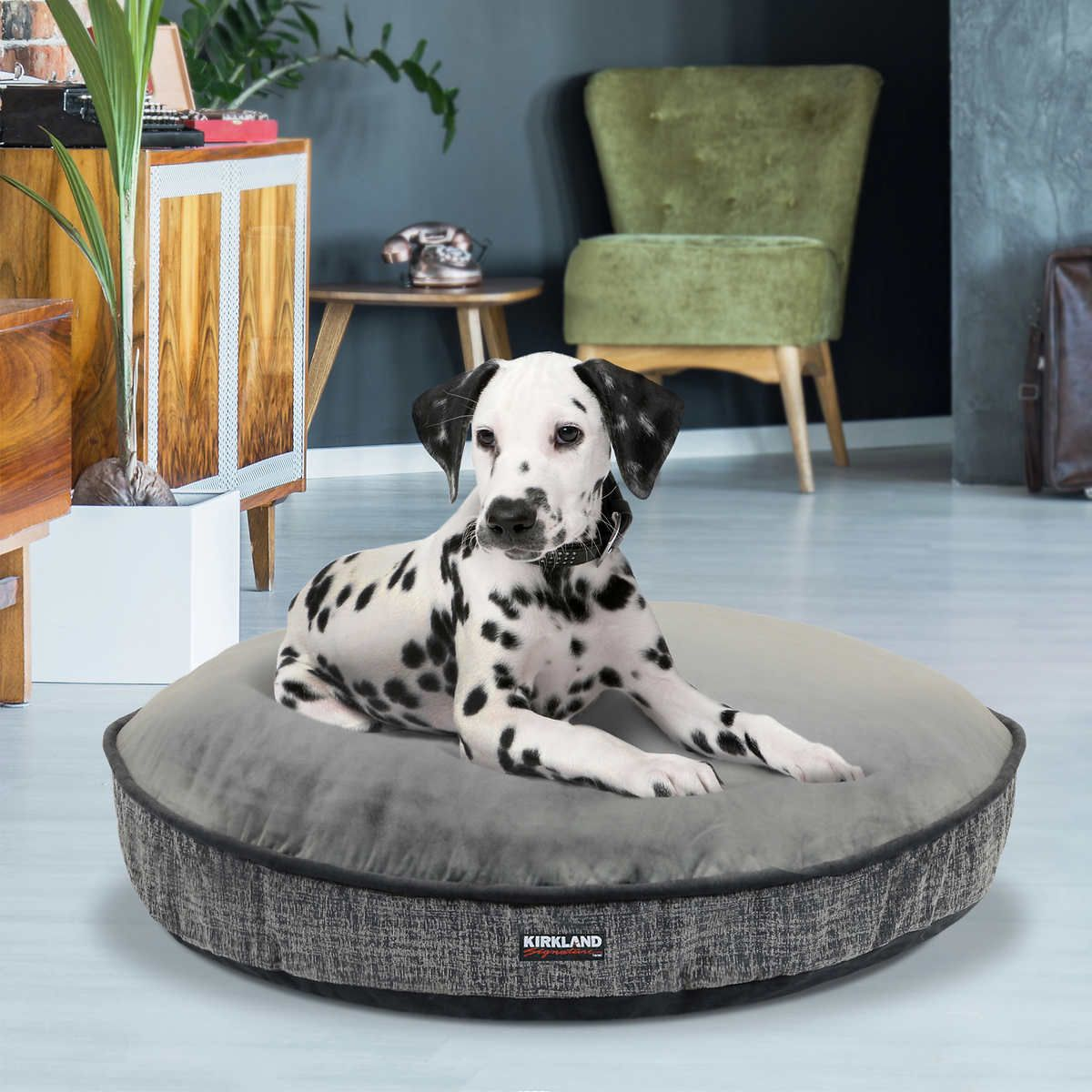 "Kirkland Signature 42"" Round Dog Bed, Gray Overlay Texture"