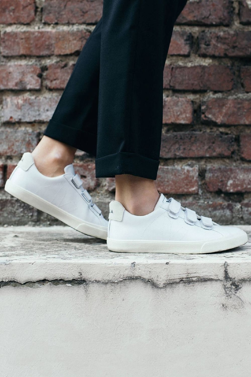 5b6e6c7a83c023 VEJA - 3 LOCK SNEAKERS | CENTRE COMMERCIAL | clothing mathematics in ...