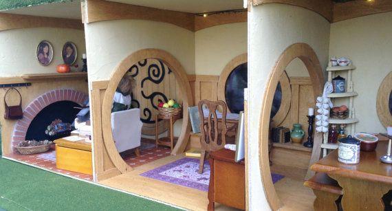 Dollhouse miniature bilbo baggins bag end hobbit hole 1 for Hobbit themed bedroom