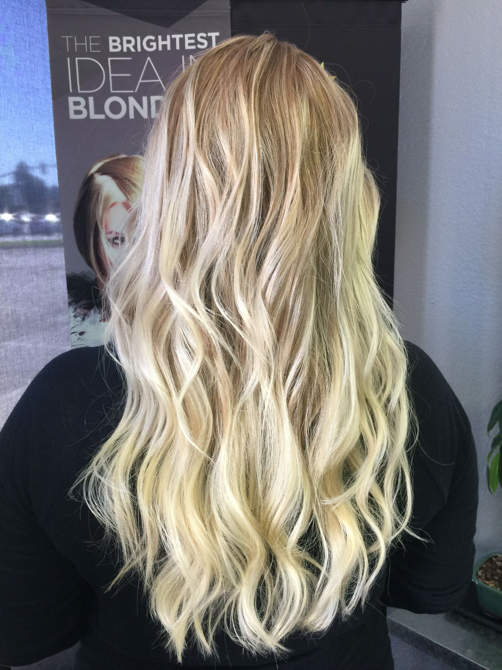 Carmel root shadow blonde with highlights. Color melt by Janna ...