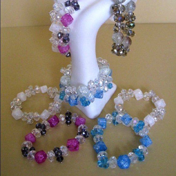 Crystal and quartz stretch bracelet. Handmade.  Several colors combination. Jewelry Bracelets