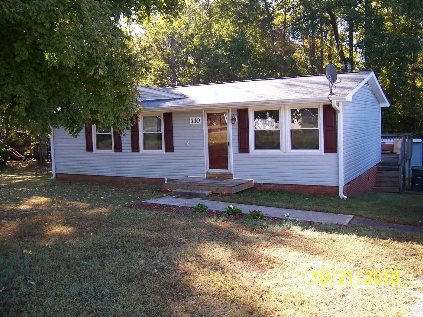 Nice Quiet Neighborhood Rama Wood Dr Concord Nc Houses For