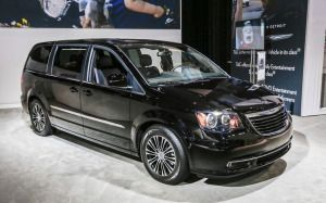 Watch Out Chrysler Town and Country Minivan (With images ...