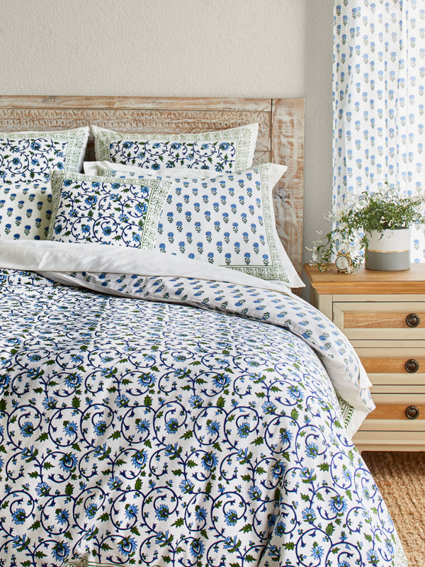 Pin On Bedding Blue and white duvet covers