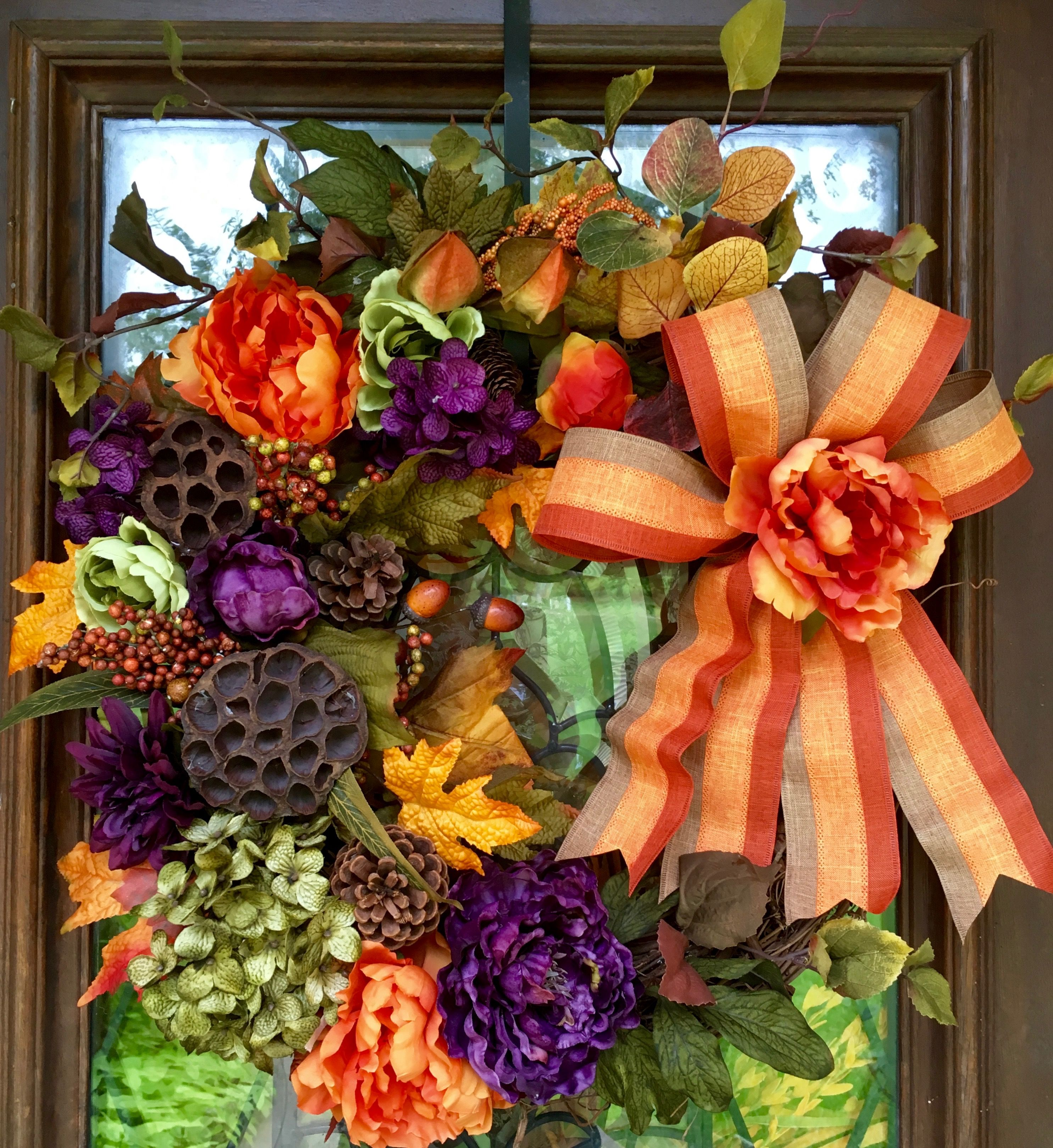 Fall/Halloween floral wreath on grapevine base | Diy fall ...