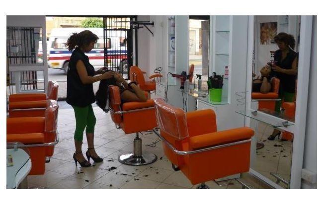 Tocadores para estetica estilos espacio de belleza for Administrar un salon de belleza