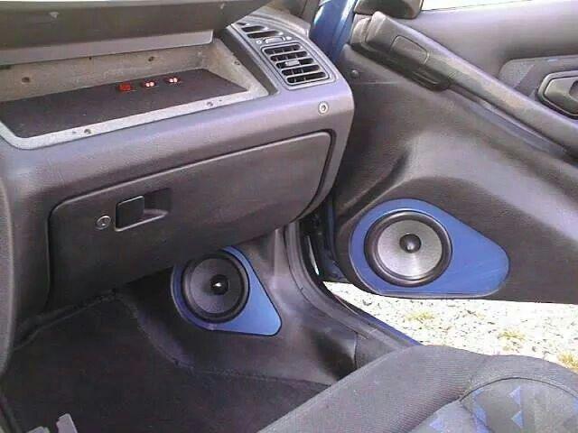 Doors and kicks, Peugeot 306