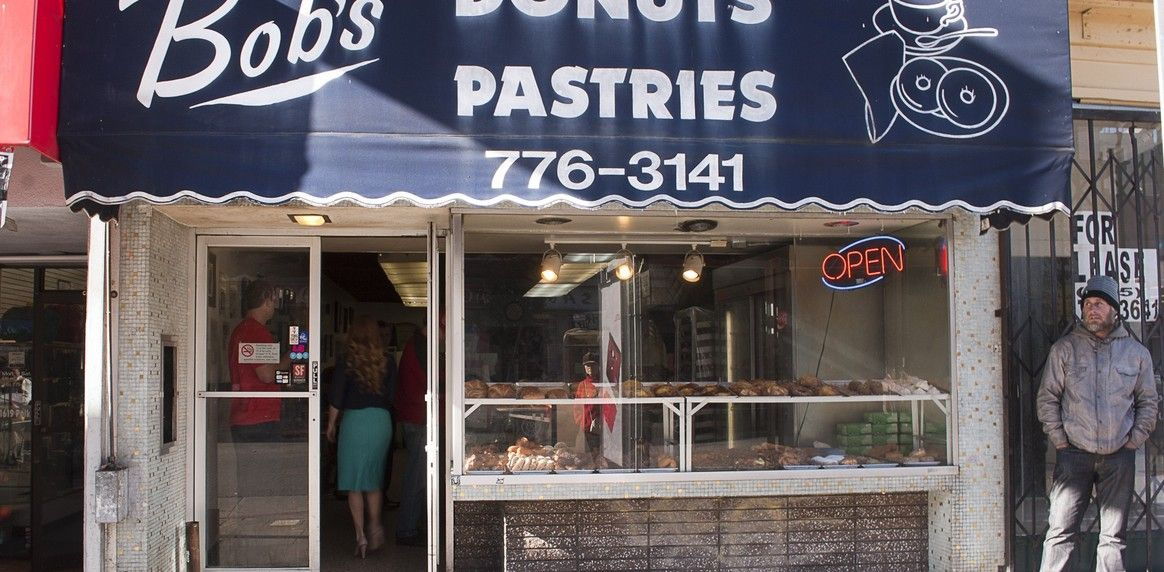 Bobs donuts on van ness a san francisco classic with