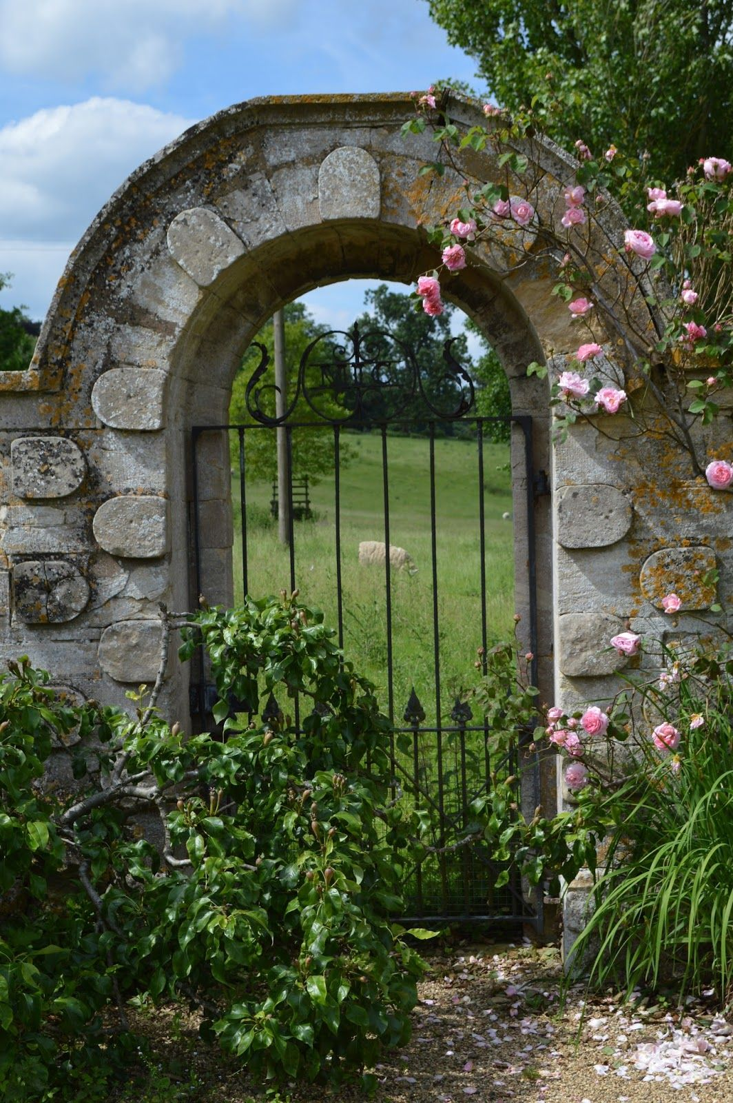 walled garden gate arch google search garden wall on walled id=26517