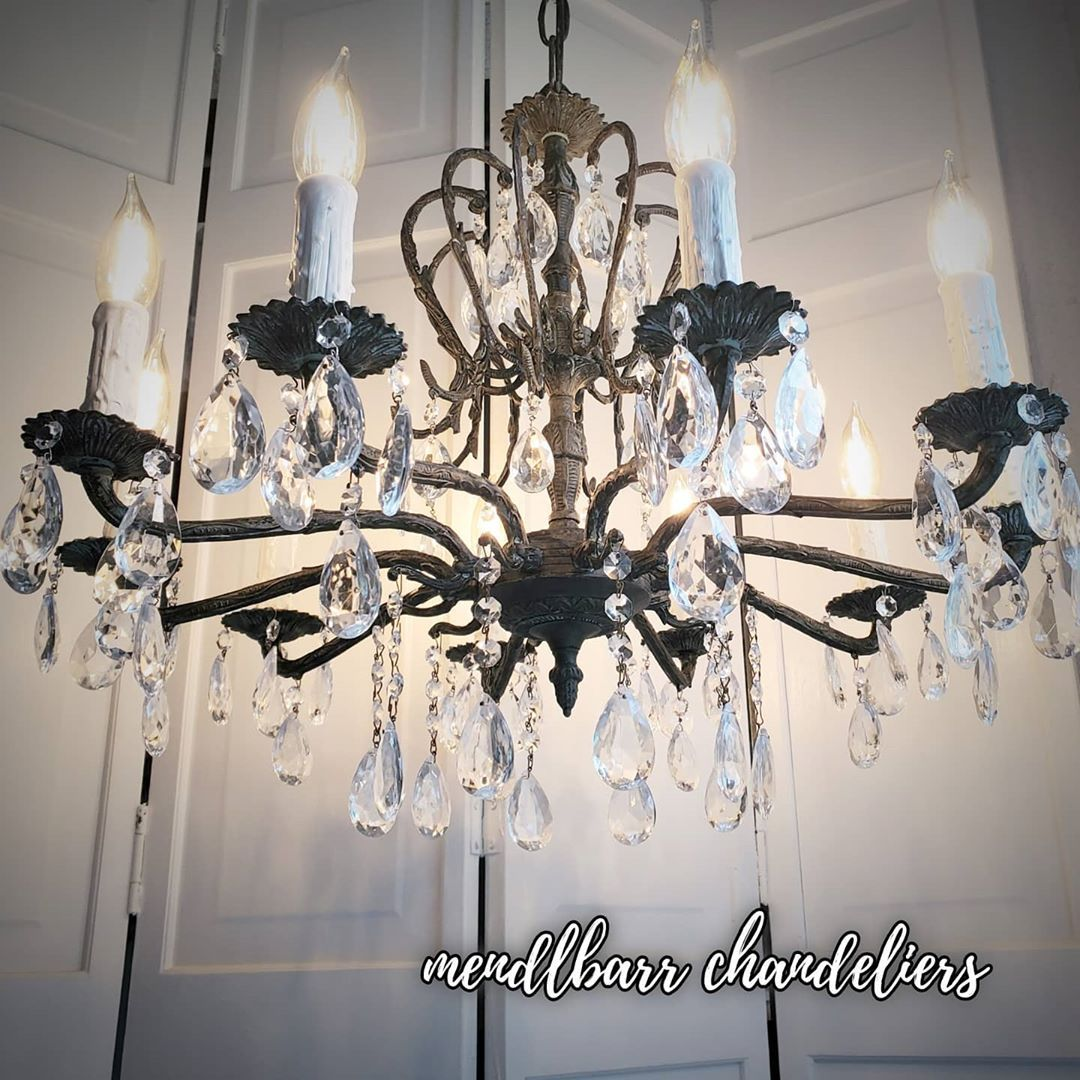 1 Likes 0 Comments Purveyors Of Bespoke Lighting Mendlbarr Chandeliers On Instagram Our Oxidi In 2020 Vintage Crystal Chandelier Chandelier Crystal Chandelier