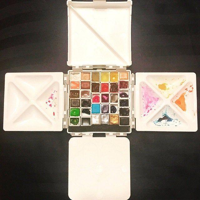 Cloverleaf Paintbox / Watercolour Palette | Etsy