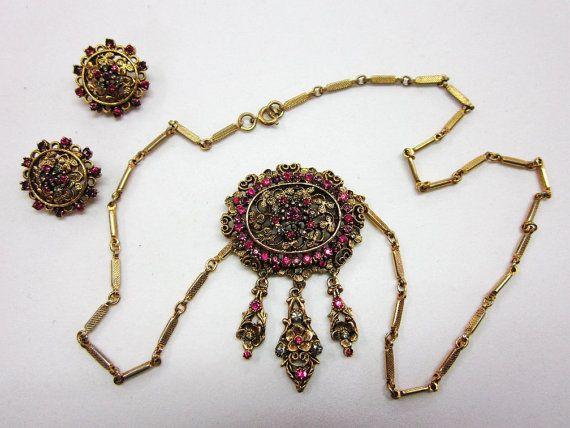 Kramer Rhinestone Jewelry Set Retro Fuchsia Victorian by COBAYLEY