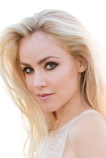 amanda schull pretty little liars