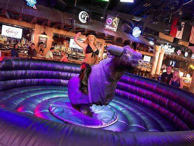 Las Vegas Country Music 2020 Concerts Bars Shows Treasure