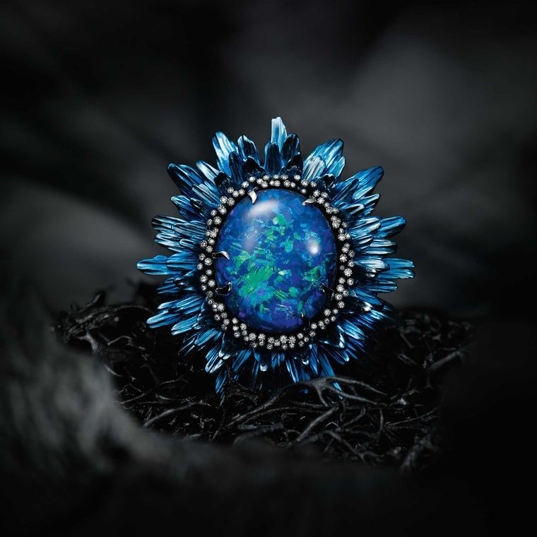 Chopard Fleurs d'Opales ring, set with tsavorites, sapphires, brown and white#diamonds, lazulites and a 20ct black opal.
