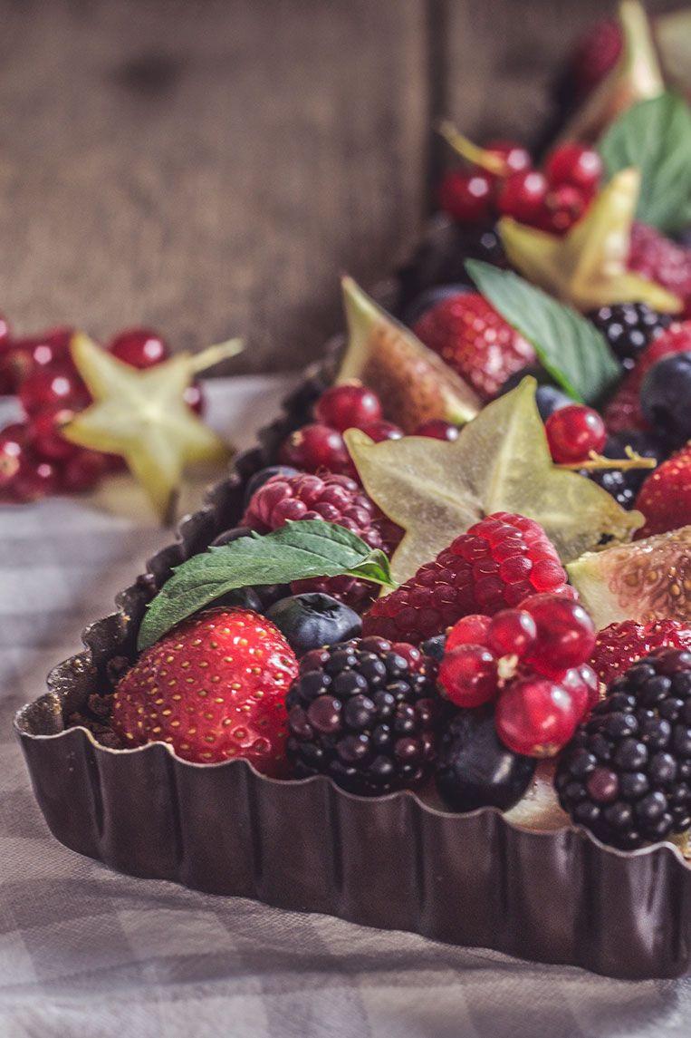 Ricotta und frische Früchte
