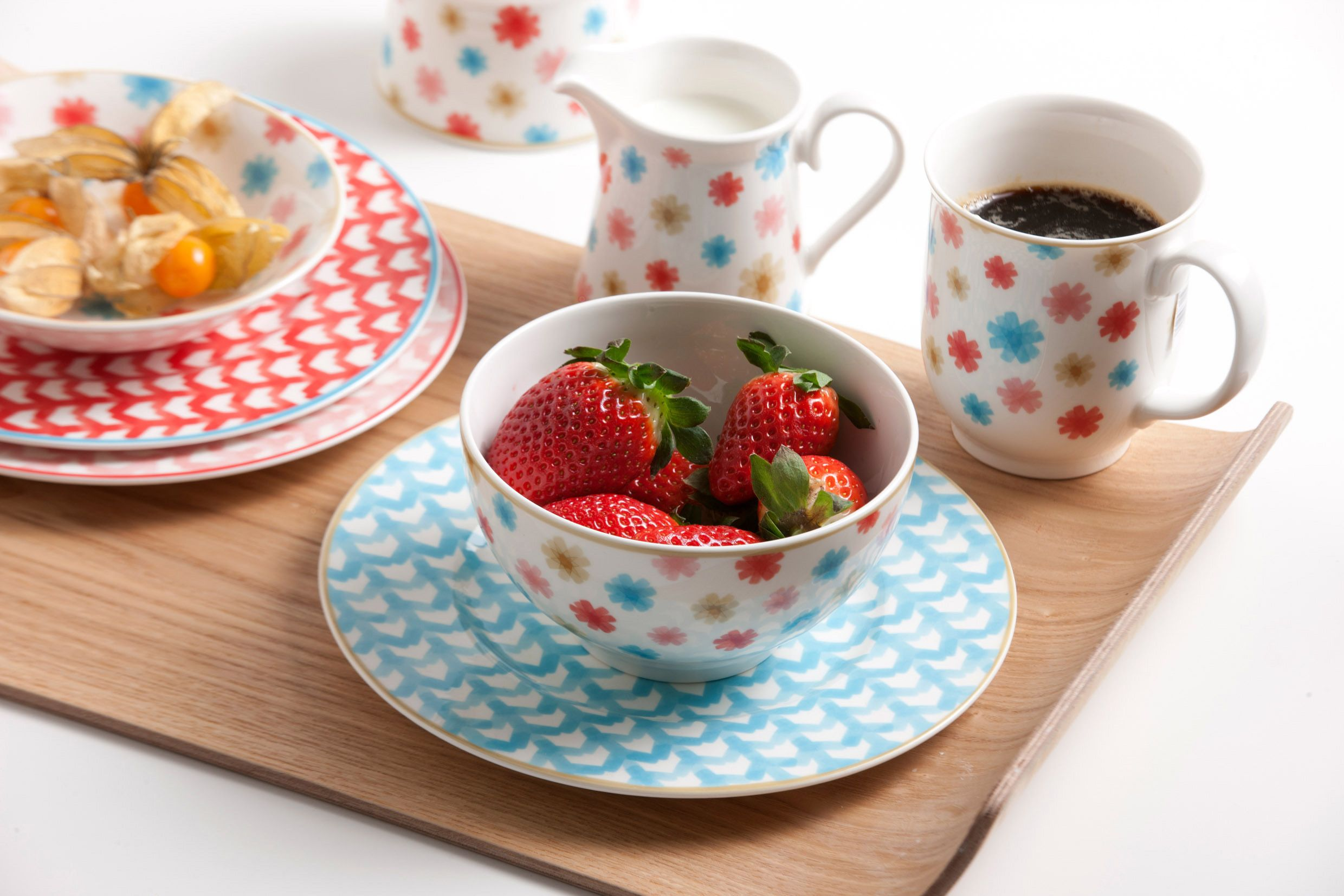 A look at the new Colourful Tableware collection Lina | TLC Interiors & A look at the new Colourful Tableware collection Lina | Tablewares ...
