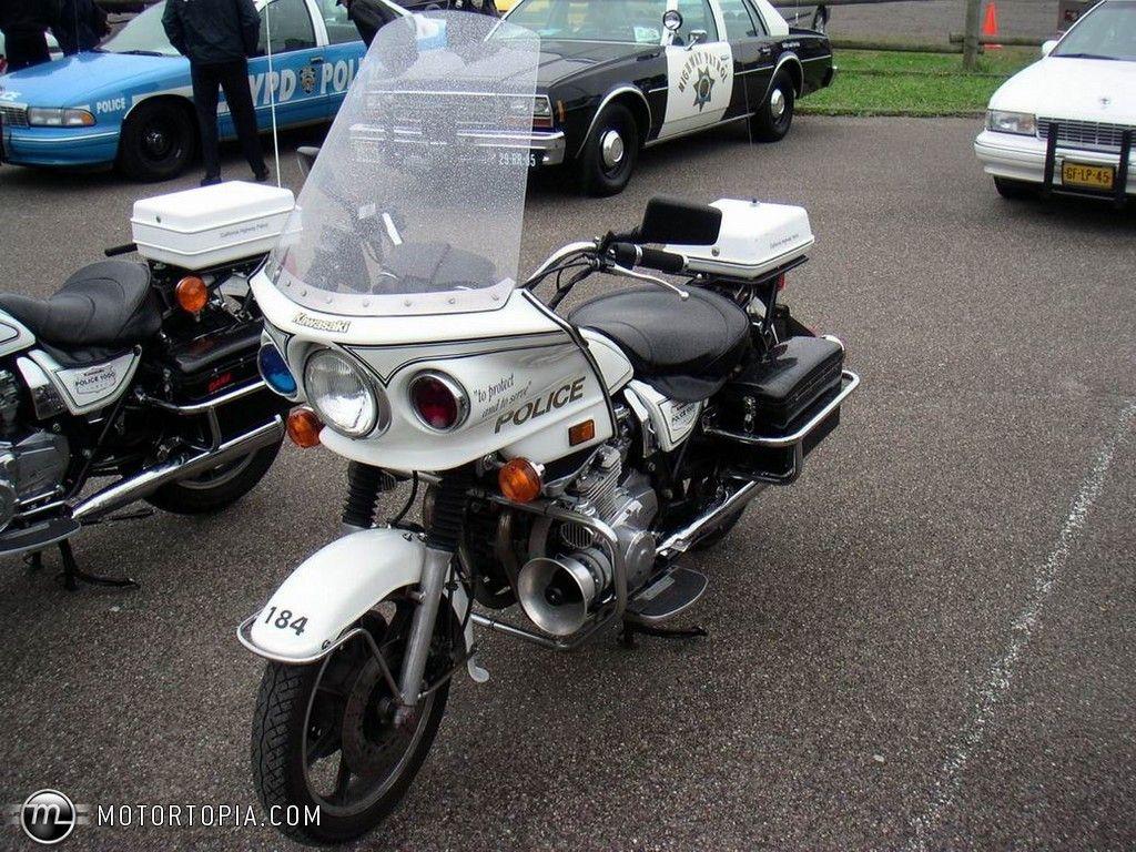 POLICE motorcycleS MOTOR CARS | Photo of a 1991 Kawasaki