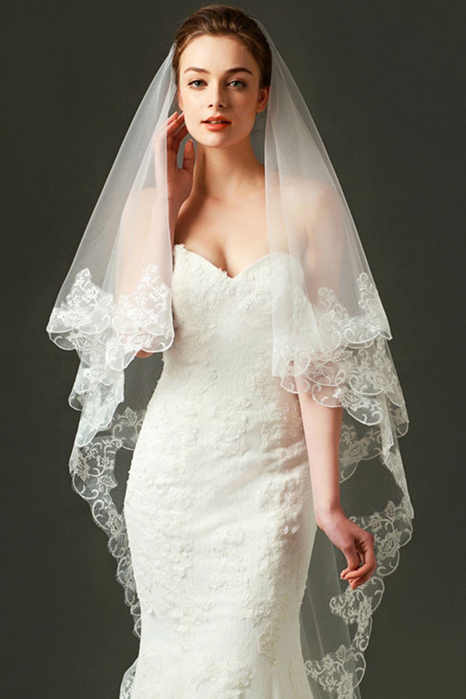 LynnBridal Scalloped Edge Chapel Length Wedding Veil
