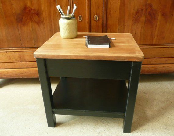 Petite table u petit bureau vintage relookée u bois noir et