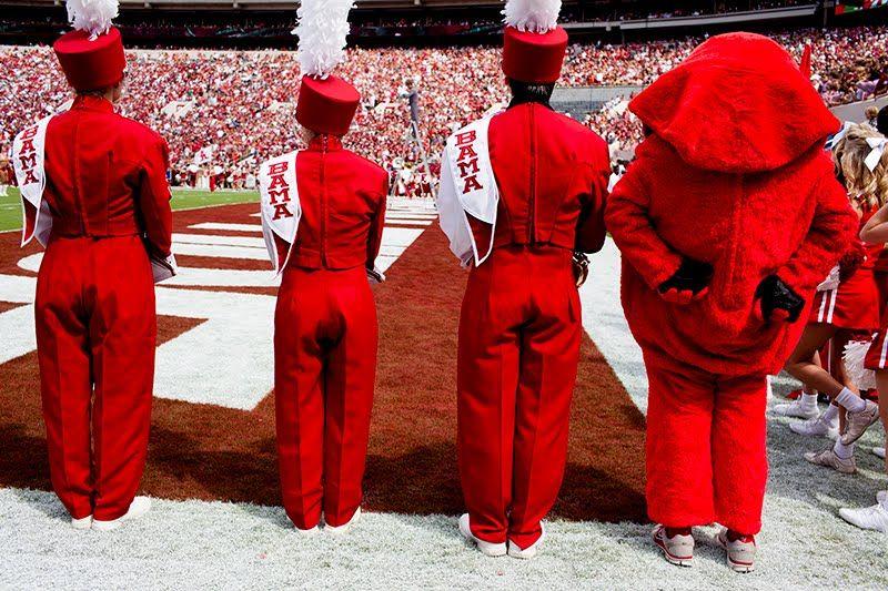 Alabama Defeats Wku 35 0 Alabama Alabama Crimson Mascot
