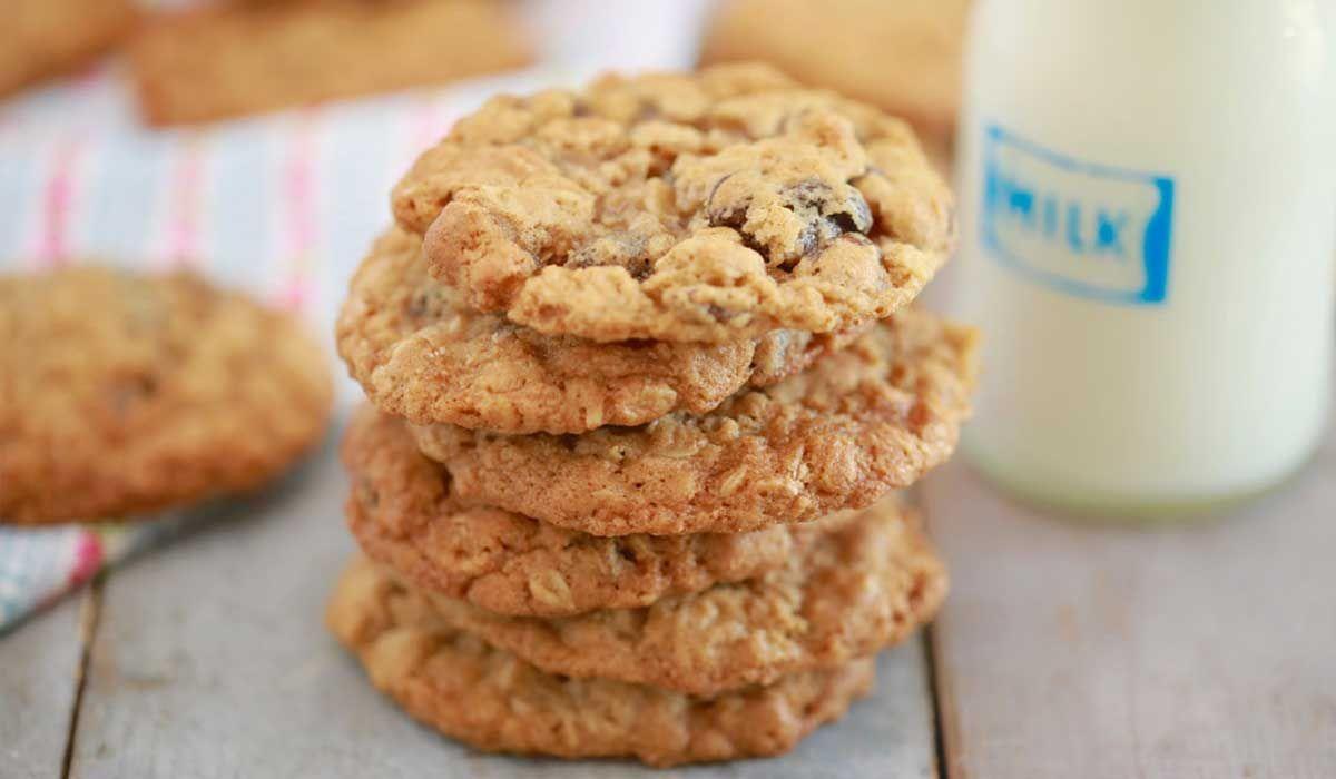 طريقة عمل كوكيز الشوفان للرجيم Oatmeal Cookie Recipes Cookie Recipes Bigger Bolder Baking