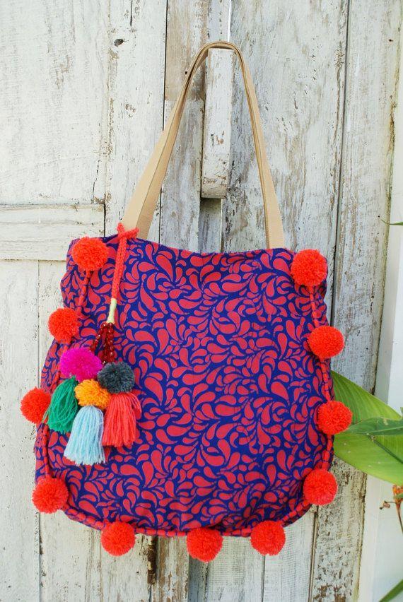 Black Shoulder bag tote-Red lips motif Black Denim look lined inner zip top