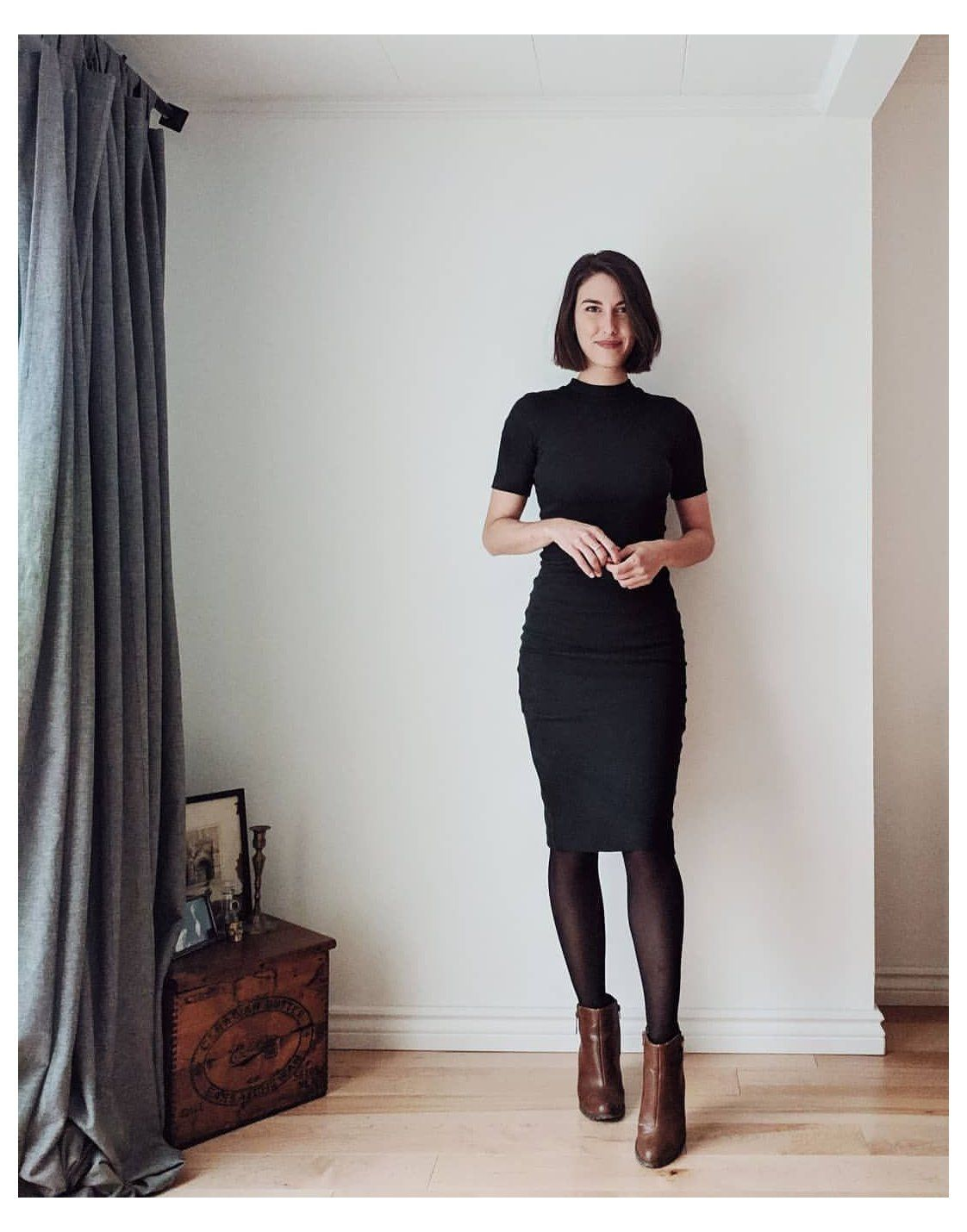 Sara On Instagram The Long Fitted Dress For The Kinda Short Gal Guys I Am Feeling This Ou Tight Black Dress Black Pencil Skirt Outfit Black Work Outfit [ 1430 x 1122 Pixel ]