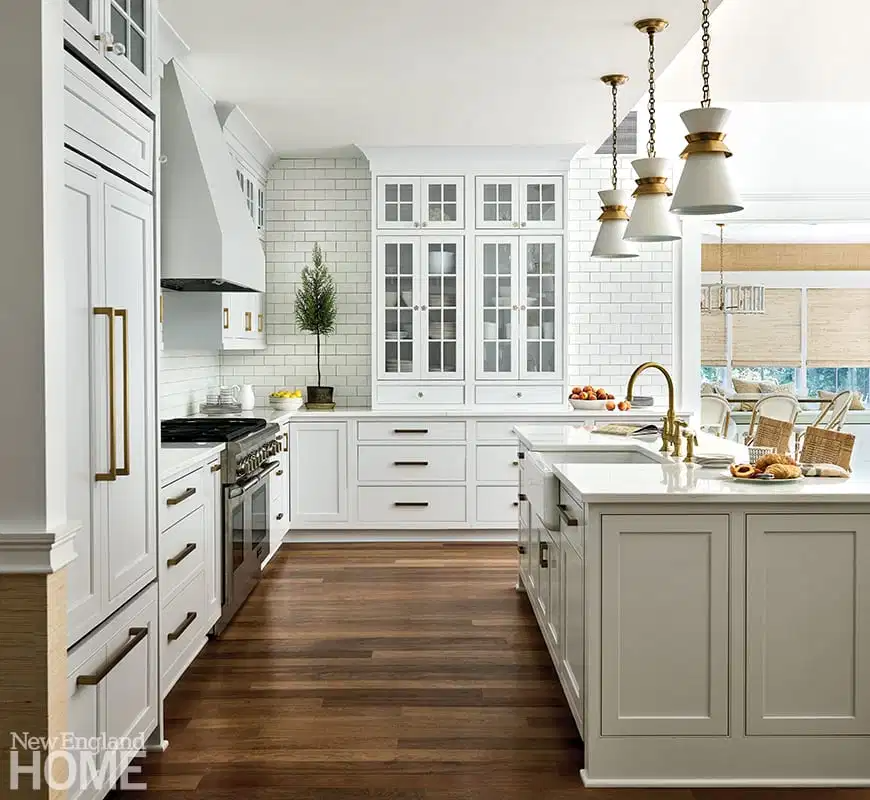 A Connecticut Colonial Gets a Makeover
