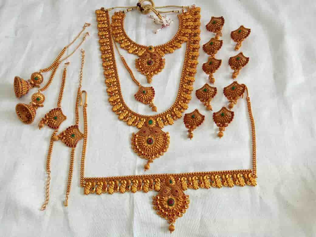 Wedding Ornaments For Rent In Kochi Indian South Indian Wedding Jewellery Sets Ma Indian Wedding Jewelry Sets Indian Wedding Jewelry Marriage Jewellery Set