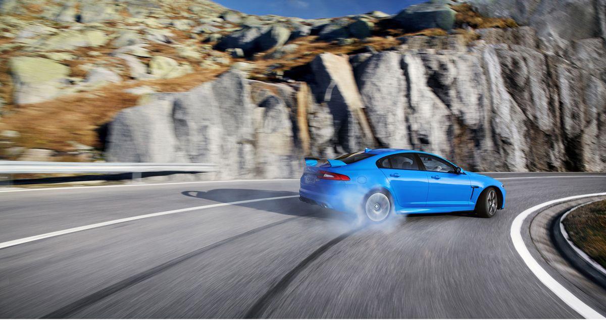 Foto Exteriores (12) Jaguar Xfrs Berlina 2012 blue car
