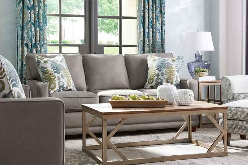Comfortable Chic Style A Guide To La Z Boy Furniture Hm Etc