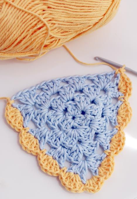 GRANNY TRIANGLE BUNTING PATTERN | How to crochet | Pinterest ...