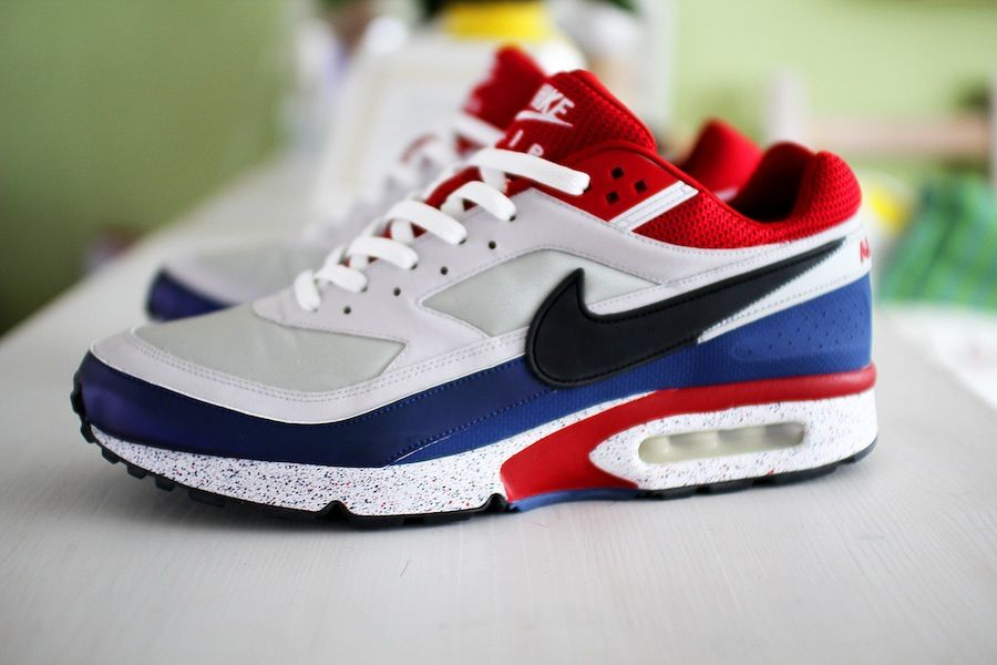 256076c8b7 ... PSG nike air max classic bw paris Nike Air Max 90 ID Paris Saint Germain  ...