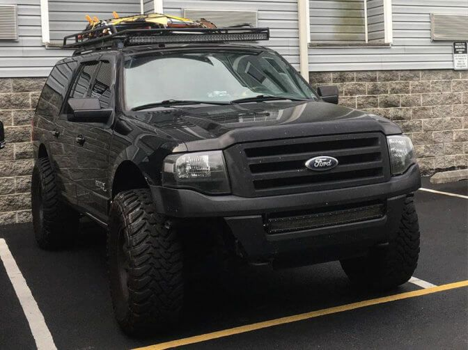 Ford Expedition 33 Inch Tires Vs 35 Pictures Lift And Wheel Specs Ford Expedition Truck Accessories Ford Ford Excursion