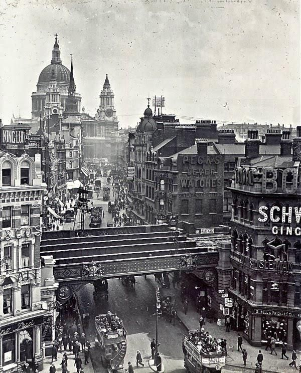Ludgate Hill, c. 1920 city of London, UK