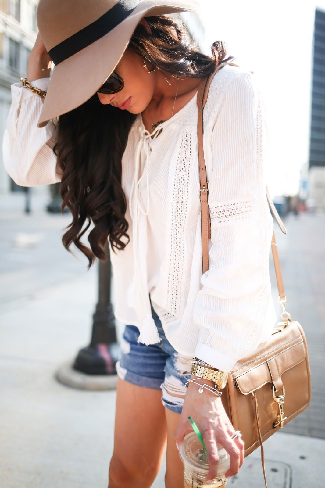 Floppy Hats & Boyfriend Shorts  Outfits with hats, Fashion