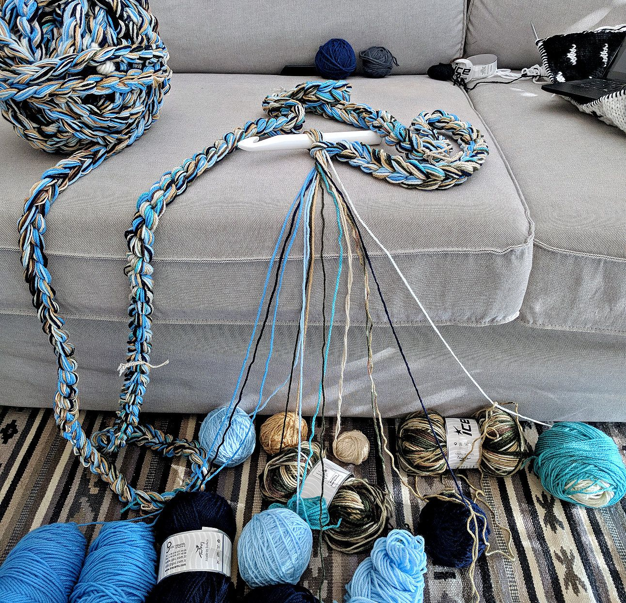 The Ultimate Yarn Stash Buster - How to Make Chunky Yarn For Arm Knitting | The Snugglery | Knitting and Crocheting Blog
