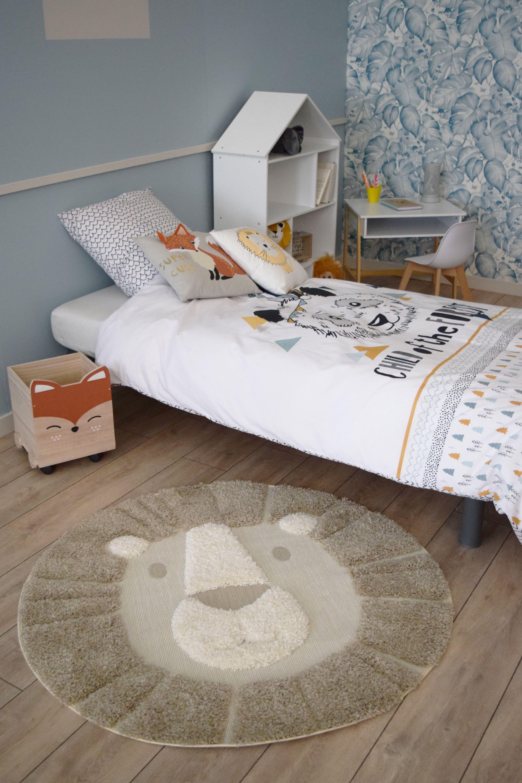 tapis enfants rond lion criniere beige tahat 120 cm deco kalico deco enfant chambre bebe savane deco