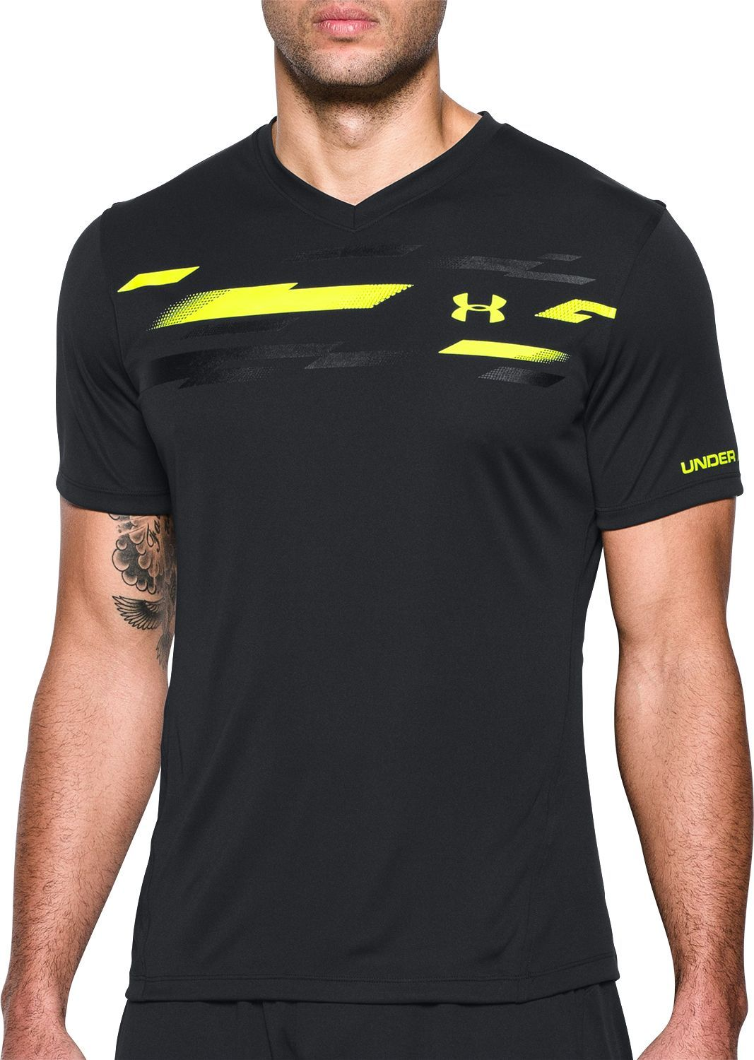 Under Armour Men s Challenger Graphic Soccer Training T-Shirt dc5b4c7e1a