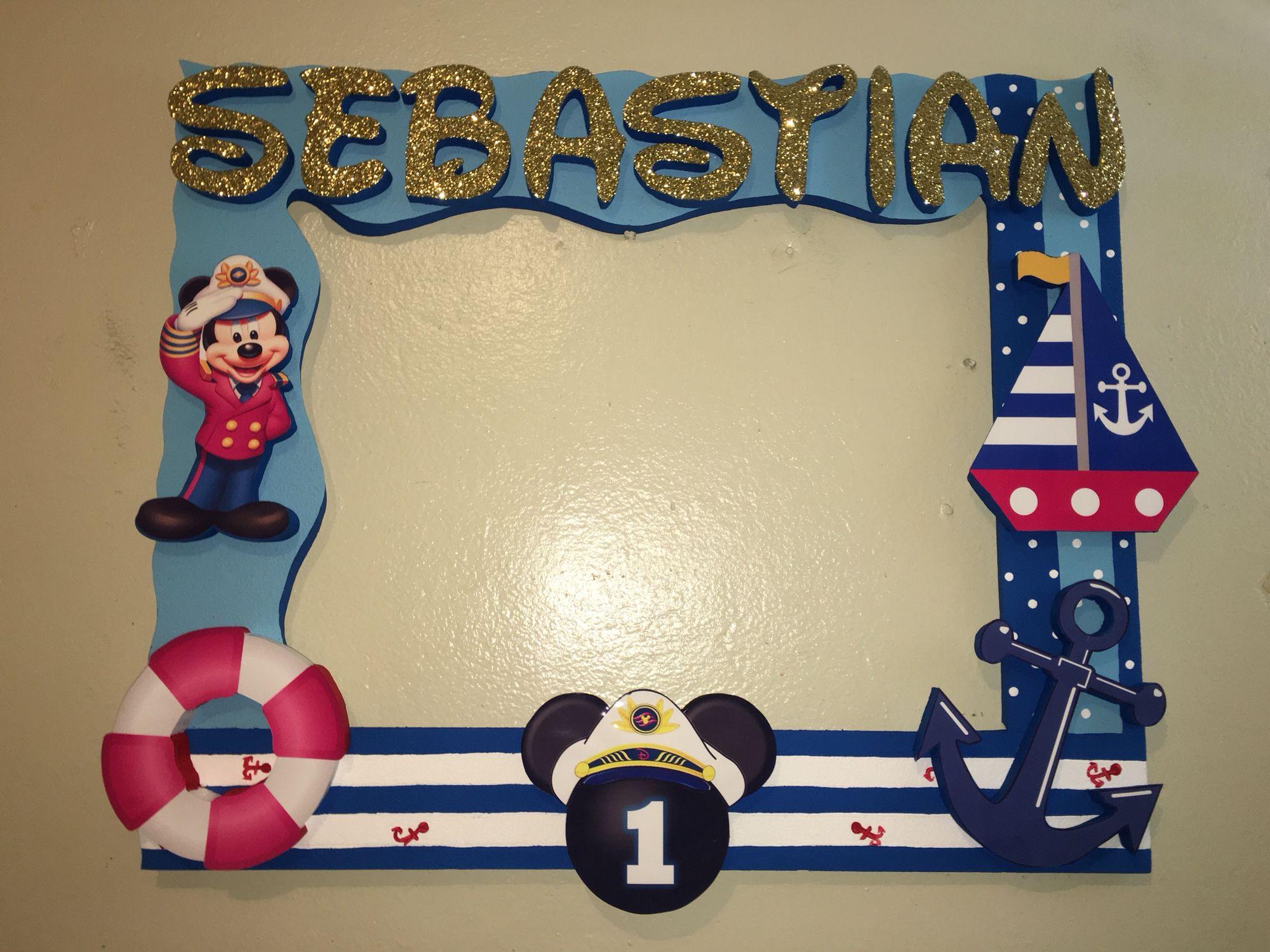 Mickey mouse sailor captain nautical photobooth frame - Decoracion estilo marinero ...