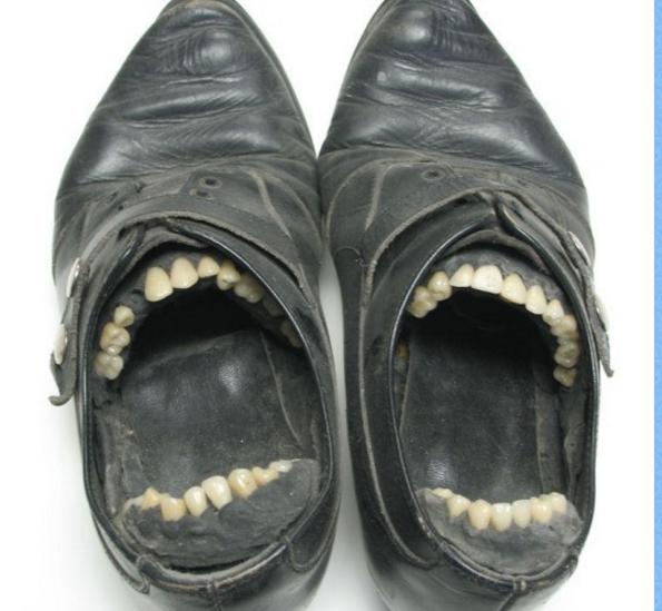De moches vielles chaussures   Sculpture techniques mixtes