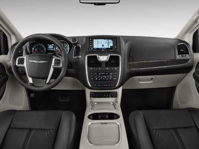 2016 Chrysler Town And Country Chrysler Town And Country