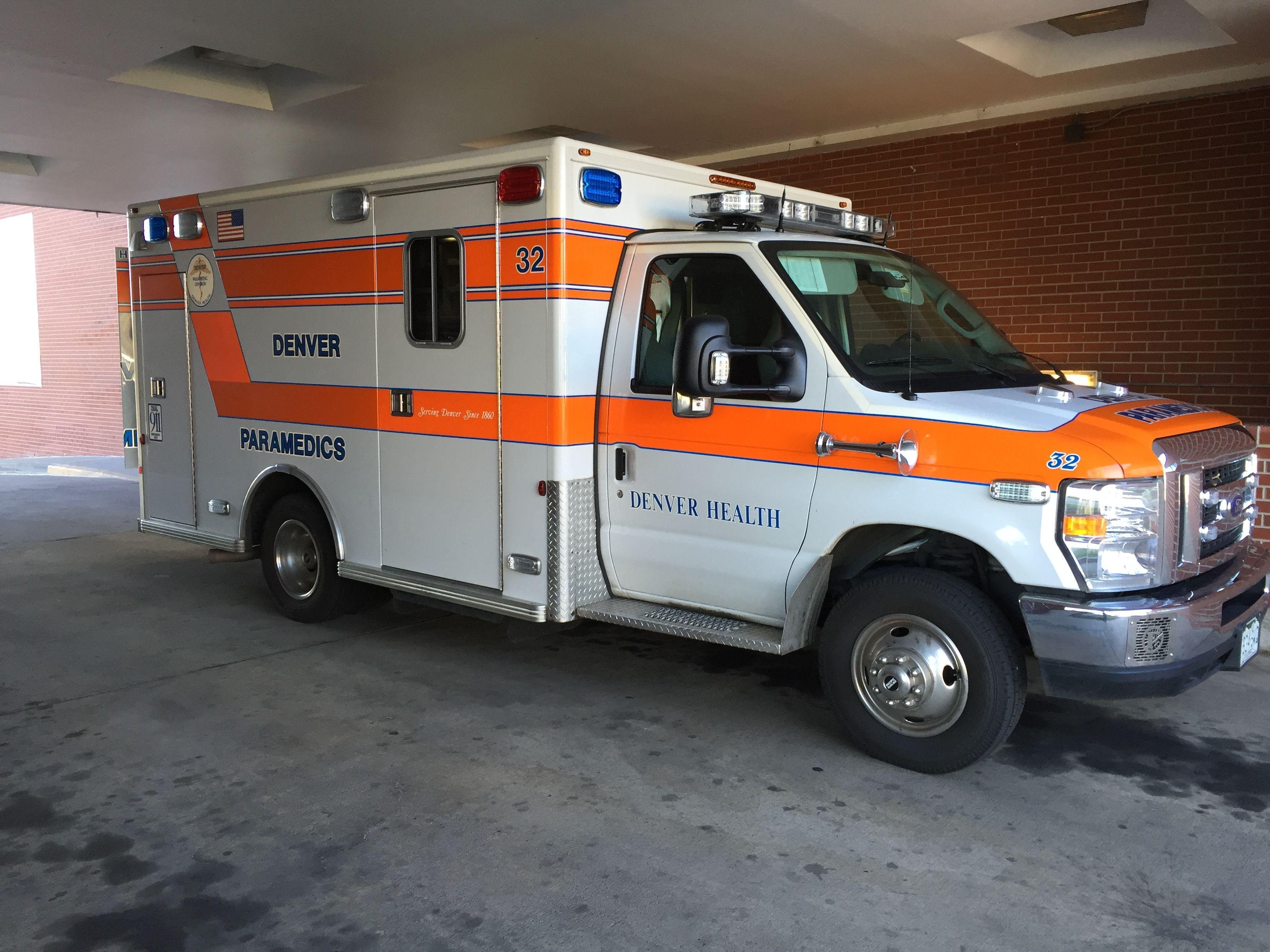 Denver health paramedics 32 ford e 350