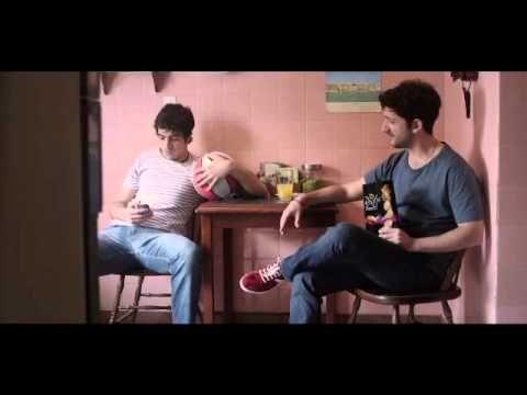 """Dossiernet - """"Mike"""" y """"Mecha"""", pre-estreno de los nuevos comerciales de BBDO para Lay's Restó // jajaaj es genial."""