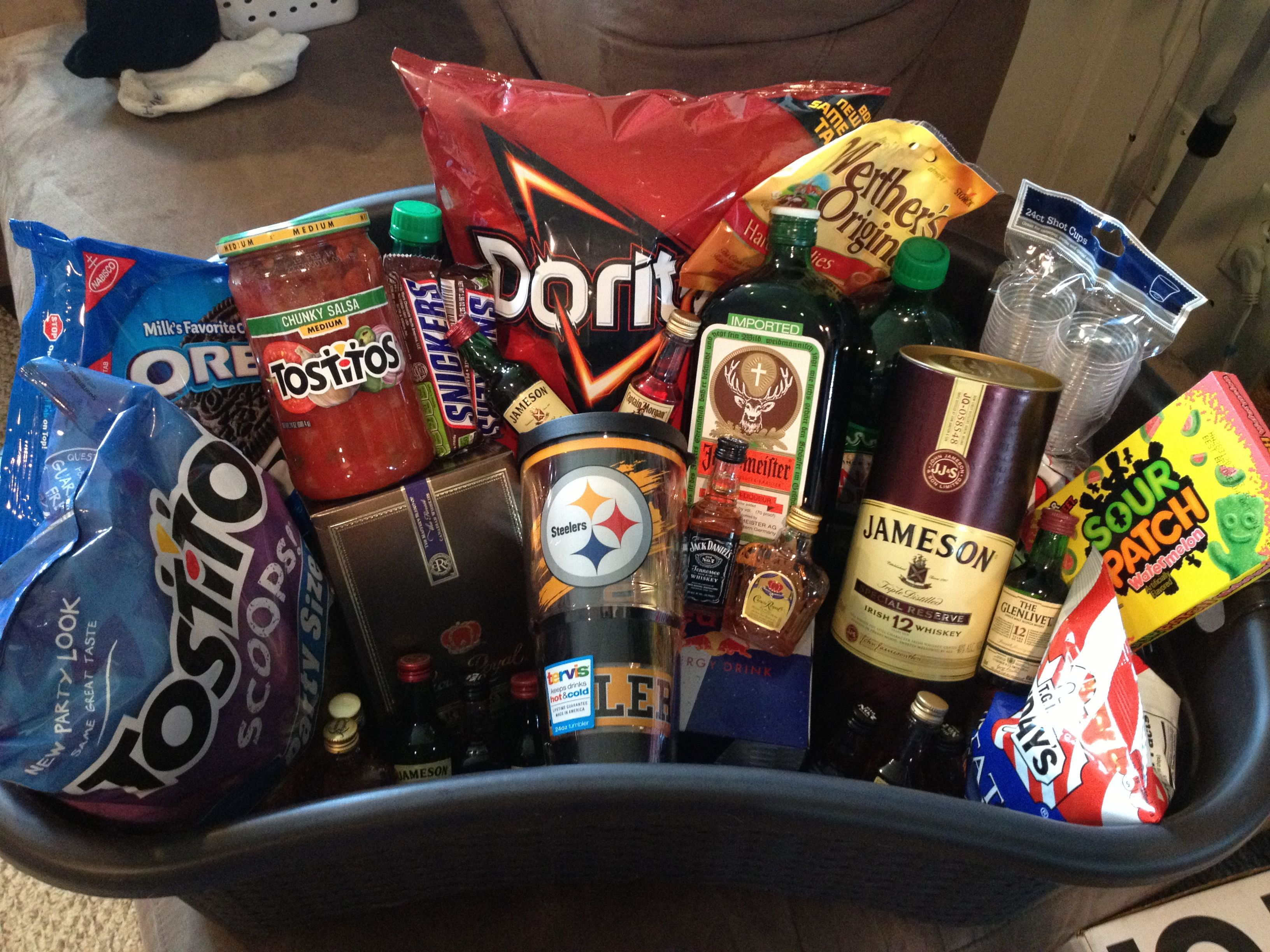 Bachelor party survival kit | Survival Kits | Pinterest | Bachelor ...